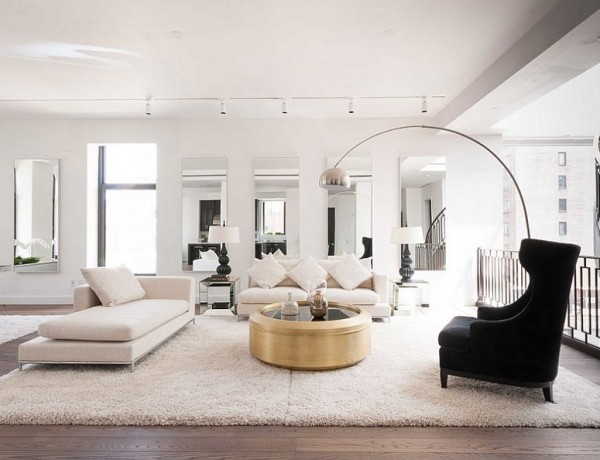 living room decor with side tables How To Improve Your Living Room Decor With Side Tables Shiny coffee table stands out thanks to the neutral backdrop 600x460