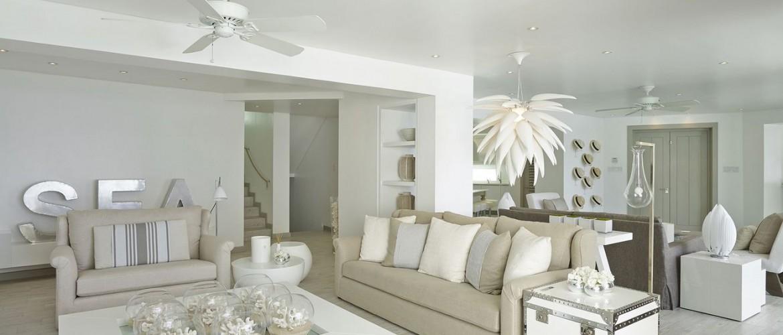 kelly hoppen Kelly Hoppen, 10 Living Room Ideas le salon decore par kelly hoppen dans un degrade de beige 5308579 1170x500  Dining and Living Room le salon decore par kelly hoppen dans un degrade de beige 5308579 1170x500