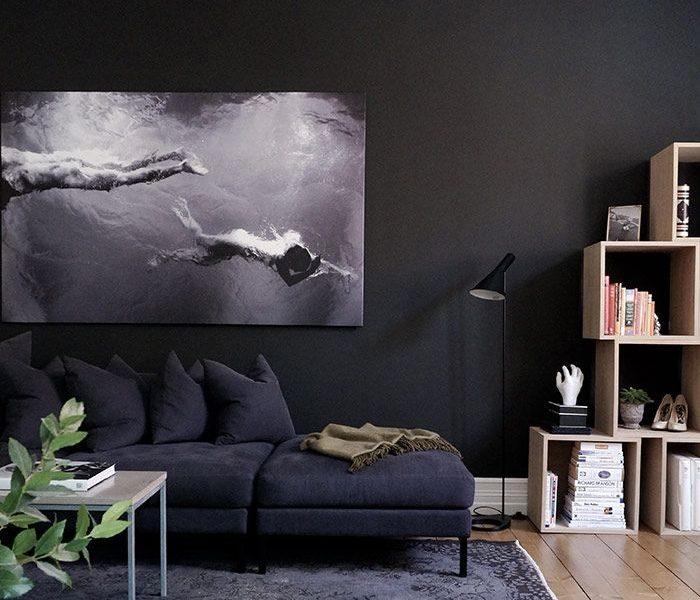 black living room Black Living Room Ideas to Enhance your Home Decor black living room ideas for your home decor 700x600  Dining and Living Room black living room ideas for your home decor 700x600