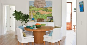 how to make a small dining room look bigger How to Make a Small Dining Room look Bigger How to Make a Small Dining Room look Bigger6 370x190