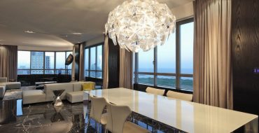 dining room lighting The Most Elegant Modern Dining Room Lighting Dining Room Lightning 5 370x190