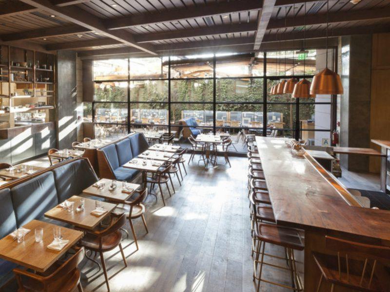 interior design ideas Modern Restaurant Interior Design Ideas That Impress Everyone Modern Restaurant Interior Design Ideas 5 1 800x600  Dining and Living Room Modern Restaurant Interior Design Ideas 5 1 800x600