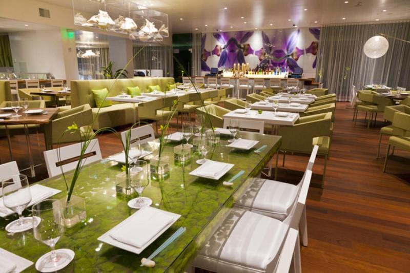 Modern Restaurant Interior Design Idea That Impress Everyone interior design ideas Modern Restaurant Interior Design Ideas That Impress Everyone Modern Restaurant Interior Design Ideas 9