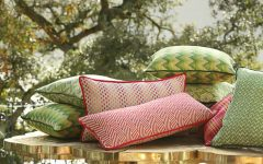 decorative pillows 7 Mesmerizing Decorative Pillows for an instant Living Room Makeover Pillows 240x150