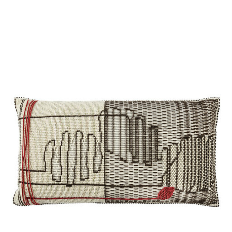 2019 Interior Design Trends to Turn a Space in a Sensorial Experience 2019 interior design trends 2019 Interior Design Trends to Turn a Space in a Sensorial Experience FILI Pillow by Mariantonia Urru