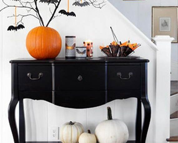 halloween Halloween: Interior Design Tips For The Scariest Time Of The Year. 50 Stylish  Halloween House   Interior  Decorating Ideas  1 570x460