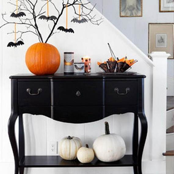 halloween Halloween: Interior Design Tips For The Scariest Time Of The Year. 50 Stylish  Halloween House   Interior  Decorating Ideas  1 e1571837570657  Dining and Living Room 50 Stylish  Halloween House   Interior  Decorating Ideas  1 e1571837570657