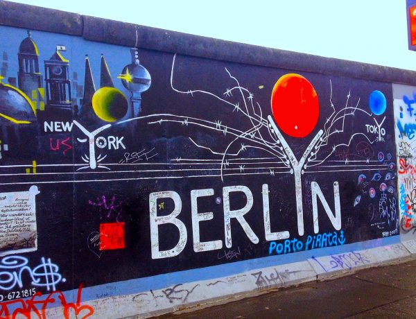 berlin Berlin And Design: Places To Be East Side Gallery Berlin 600x460