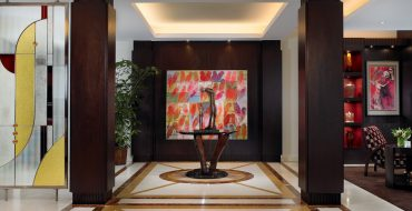 alene workman Alene Workman: Where Art Meets Design. Palm Beach Oceanfront Apartment Entry 370x190