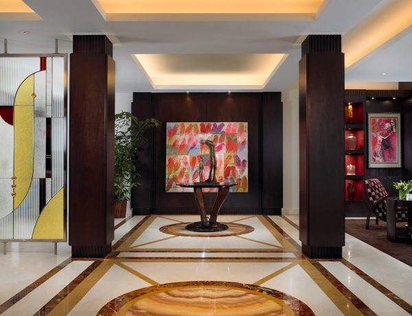 alene workman Alene Workman: Where Art Meets Design. Palm Beach Oceanfront Apartment Entry 600x460  Dining and Living Room Palm Beach Oceanfront Apartment Entry 600x460