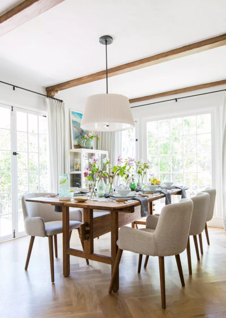 Farmhouse Chic - Dining Rooms that Will Take You to the Countryside farmhouse chic Farmhouse Chic – Dining Rooms that Will Take You to the Countryside Farmhouse Chic Dining Rooms that Will Take You to the Countryside 5